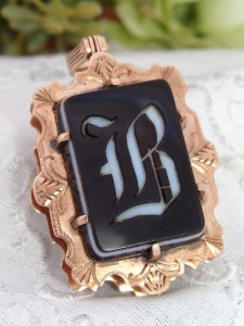 BEST Antique Victorian 12ct Rose Gold CARNELIAN Agate Fob Book Locket B Monogram