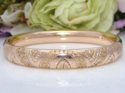 MINT AS NEW c1900 Antique Victorian 12ct Rose Gold Filled GF Chased Bangle Bracelet