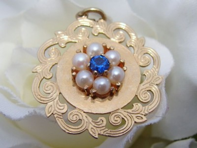 Antique Vintage Retro 14ct 14K Gold Pearls Sapphire Pendant