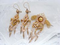 Antique 12ct Yellow & Rose Gold Victorian Earrings & Brooch Suite