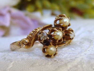 European Antique Victorian 12K 12ct Yellow Gold Pearls & Old Cut Diamond Ring