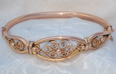 Antique Edwardian 9ct Rose Gold Fancy Filigree Bangle Bracelet
