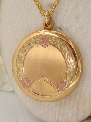 Antique Vintage Trio of Gold Rose Yellow Green Gold Filled GF Locket & Necklace